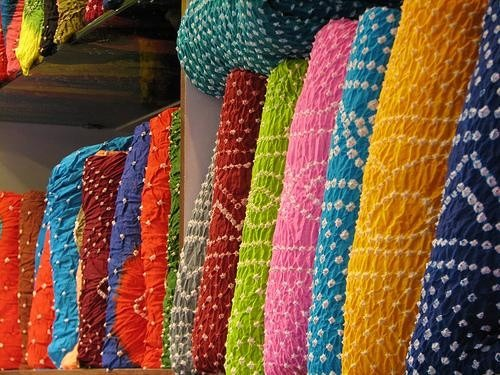 Kutch Bandhej Indian Handicrafts Bandhani